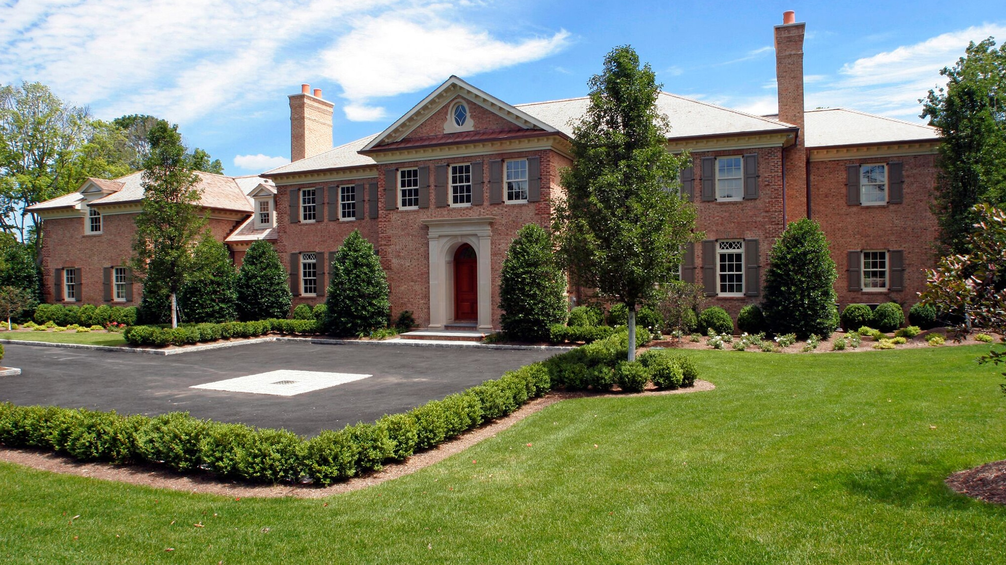 Colonial Style Home – Back Country Greenwich